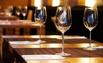 איש חיל הים שלא הורשה להיכנס למסעדה, יפוצה ב-15,000 ₪ בשל אפליה