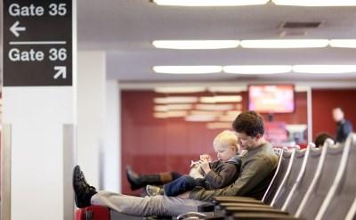 """טסים לחו""""ל? המדריך בנושא עיכוב וביטול טיסות - תמונת כתבה"""