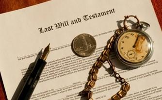 השתלטות עוינת של יורשים - מהי? מה חשיבותה של עריכת צוואה?