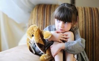 """ביהמ""""ש הכריז על קטינה בת 3.5 כבת אימוץ ביחס להוריה"""