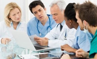 ישיבה של רופאים - תמונת כתבה