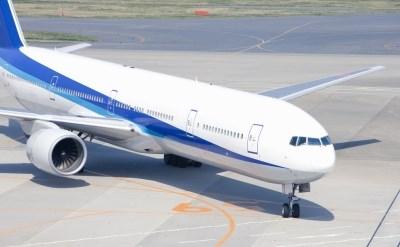 מטוס בשדה תעופה - אתר משפטי - תמונת כתבה