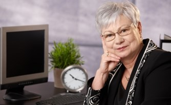 אושר סופית: גיל הפרישה לנשים יישאר 62 עד 2017