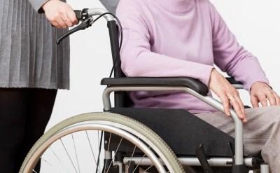 אדם בכיסא גלגלים - אתר משפטי - תמונת כתבה