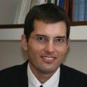 בן-גד, עשת, עורכי דין