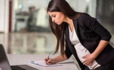 עובדת בהריון - תמונת כתבה