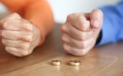 מאבק גירושין בין בני זוג - תמונת כתבה