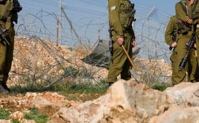 חיילים מסכנים את נפשם ונלחמים - תמונת כתבה