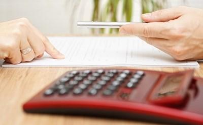 חתימה על הסכם גירושין הכולל זכויות כספיות - תמונת כתבה