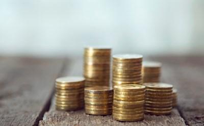 זכייה בסכום כסף בעקבות הגשת תביעה כספית - תמונת כתבה