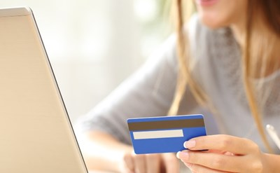 קנייה באינטרנט - רגע לפני התשלום - תמונת כתבה