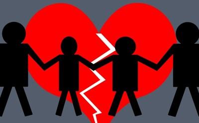 המשפחה מתפרקת - ההורים מתגרשים - תמונת כתבה