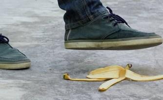תאונות בשטח ציבורי: מתי לתבוע, וממה להיזהר