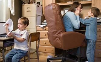מורה נבוכים להורים עובדים: כך תשרדו את החופש הגדול