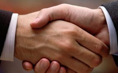 לחיצת ידיים - ההסכם נחתם - תמונת כתבה
