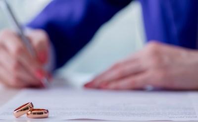 חתימה על הסכם ממון - תמונת כתבה