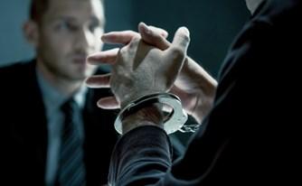 איך לבחור עורך דין פלילי? מדריך מעשי