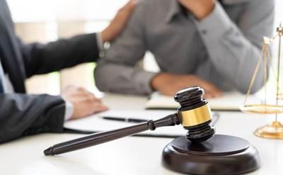 ליווי משפטי - תמונת כתבה