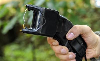טייזר בשימוש משטרתי - תמונת כתבה