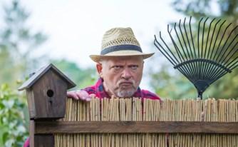 מטרד ליחיד: מה ניתן לעשות כשהשכנים פוגעים בזכויות שלך ליהנות מהחצר שלך?