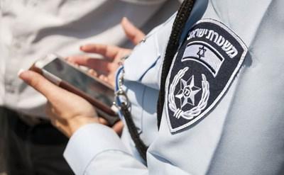 הנהג ביקש מהשוטרים להזדהות ונשלח למעצר שווא - תמונת כתבה