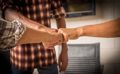הסכם שותפות: עסקים לא עושים עם משפחה וחברים? לא בהכרח - תמונת כתבה