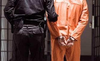 """בן משפחה נעצר ונשפט למאסר בחו""""ל? יש דרך להביאו ארצה"""