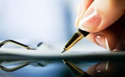 עצמאית, חוזה עיסקה - תמונת כתבה