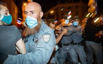 תגובת נגד של שוטרים לגל סרטוני האלימות המשטרתית: תביעות בגין הפצת לשון הרע
