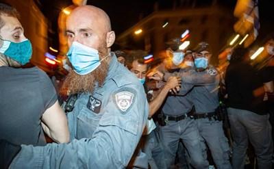 תגובת נגד של שוטרים לגל סרטוני האלימות המשטרתית: תביעות בגין הפצת לשון הרע - תמונת כתבה