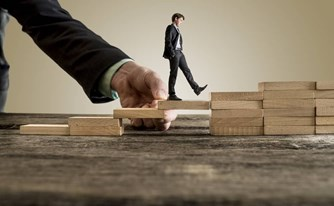 מהן 5 ההתמחויות המשפטיות-עסקיות הנדרשות מעורך דין לעסקים קטנים