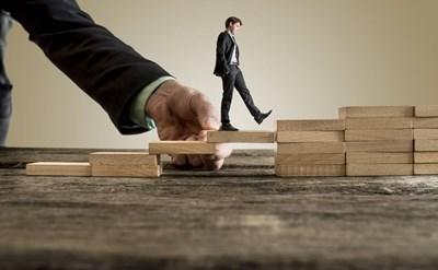 מהן 5 ההתמחויות המשפטיות-עסקיות הנדרשות מעורך דין לעסקים קטנים - תמונת כתבה