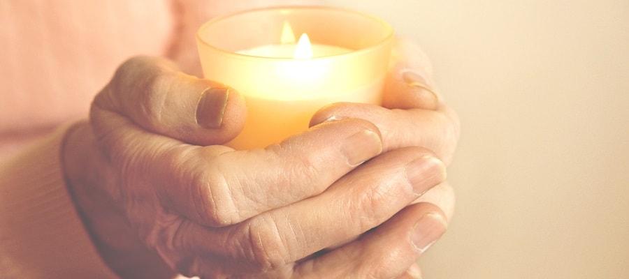 נר זכרון לנספים בשואה