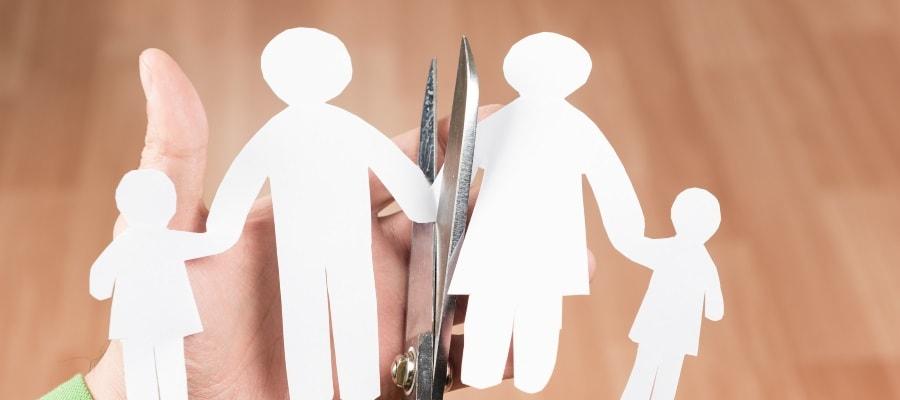מאבק גירושין בין ההורים