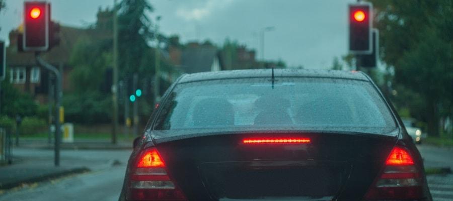 נהיגה ברמזור אדום? זהירות, תקבלו נקודות!