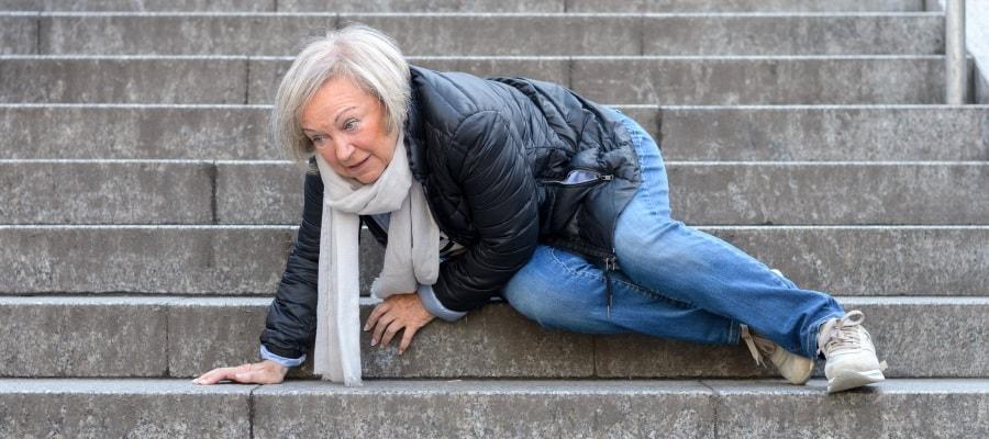 נפילה ברחוב - חשוב לתעד את הנזק