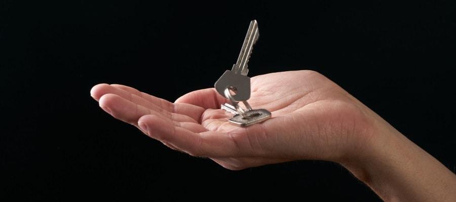 המפתח לבית שלכם - האם רשום על שמכם?