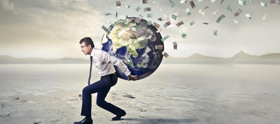 החובות מצטברים והכסף בורח