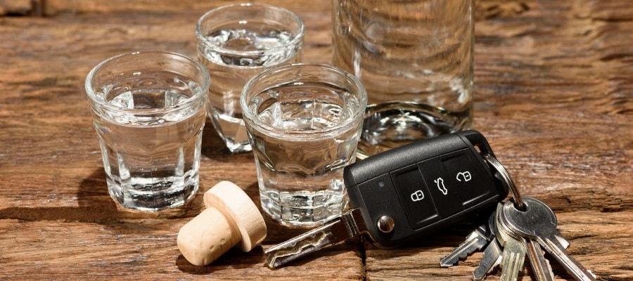יש להפריד בין אלכוהול ונהיגה - אחרת זה מסוכן!