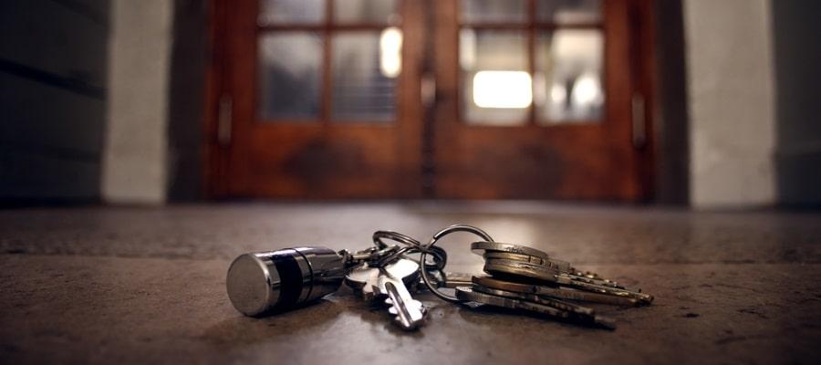 משאירים את המפתחות והבית מאחור