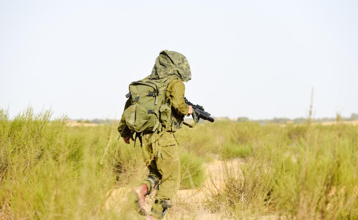 חייל במהלך השירות הצבאי